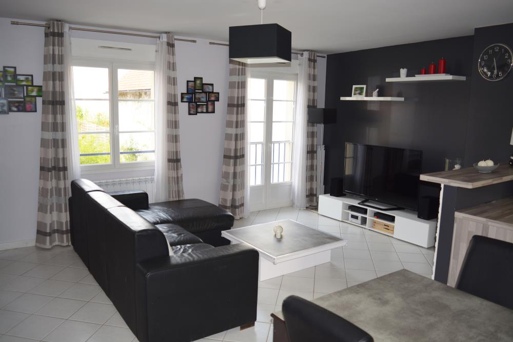 APPARTEMENT 2 CHAMBRES / PROCHE CDG
